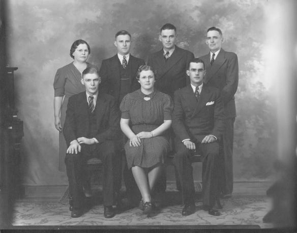My Maternal Grandfather and his Sisters and Brothers